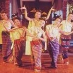 women dancing, how to be a more feminine woman